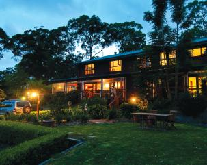 Bilpin Country Lodge at dusk