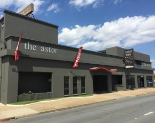 Astor Motor Inn hero