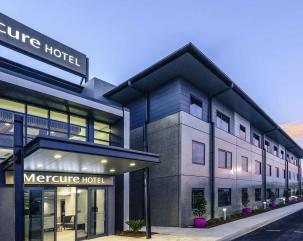 Mercure Tamworth hero